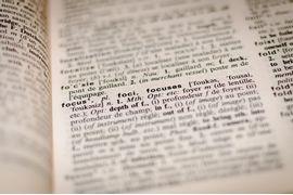 English-Through-Ages--A-Evolucao-da-Lingua-Inglesa