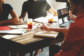 transforme-suas-ideias-em-oportunidades-de-negocio