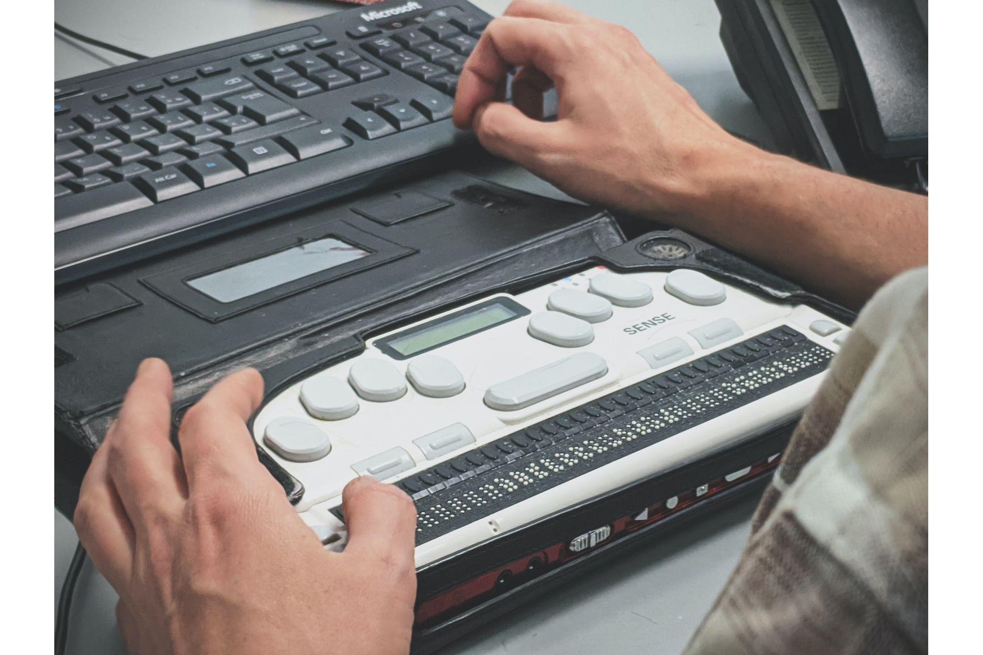 Infograficos-como-Ferramentas-de-Auxilio-a-Escrita-Braille