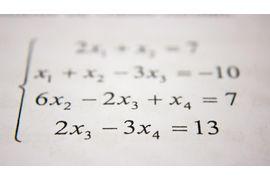 Equacoes-Diferenciais-Lineares-e-Nao-Lineares