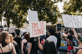 movimentos-sociais-importancia-e-desafios-atuais