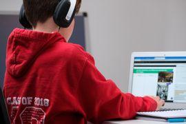 Tecnologias-Assistivas-para-o-Desenvolvimento-de-Alunos-com-TEA