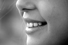 cariologia-acao-de-biomoleculas-no-meio-bucal
