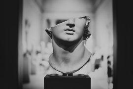 Uso-de-Escultura-na-Arquitetura